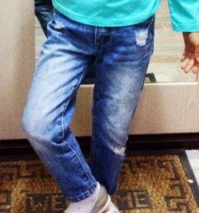 Продаю джинсы на девочку