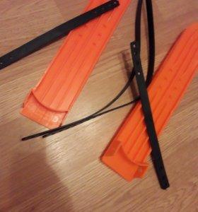 Лыжи детские новые пластиковые