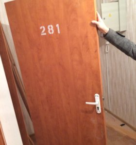 Дверь входная деревянная (мдф), новая