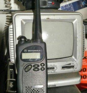 Рация телевизор мал дя овто ролтор видео комера ро