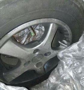 Продам колеса на литье
