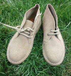 Ботинки новые (дезерты)
