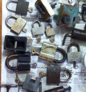 Замки и ключи б/у разные