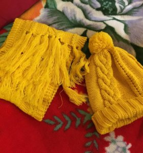 Шапка, шарф и варежки