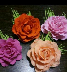 Крупные розы на хороших резинках для волос