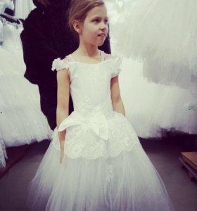 Новогоднее платье на 7-8 лет