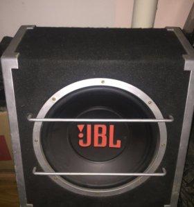 Сабвуфер JBL