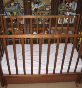 Кроватка детская +матрас!!!