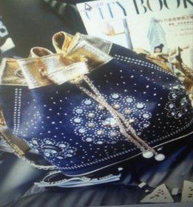 Новая модная сумочка