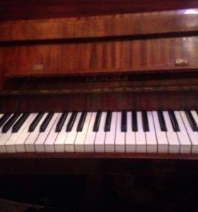 Пианино отдам бесплатно
