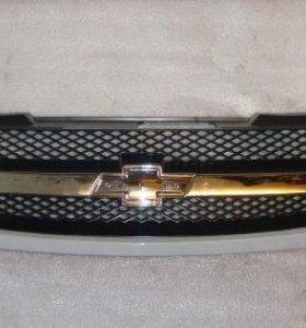 Решетка радиатора Chevrolet Lacetti хэтчбек