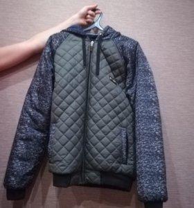 Продам куртку осень - весна