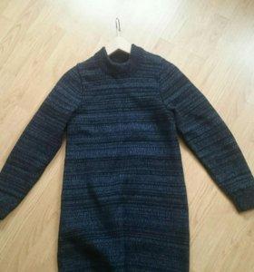 Платье вязаное (новое)