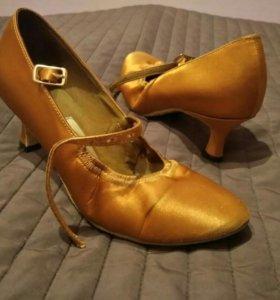 Туфли для стандартной программы бальных танцев