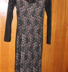 длинное платье с гипюром и шлейфом новое
