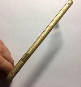 Металлический бампер на iPhone 6/6S.