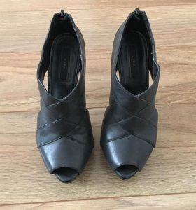 "Кожаные туфли ""Zara"""