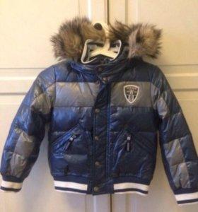 Зимняя куртка р-р 6-7 лет