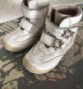 Капика ботиночки