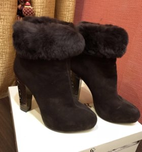 Зимние новые ботинки из натуральной замши