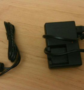 Зарядка и кабель для фотоаппарата