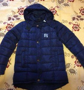 Зимняя куртка на мальчика 8-9 лет