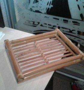 Поднос из бамбука