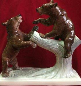 Скульптура Медведи (большая)