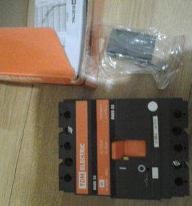 Выключатель автоматический ВА 88-33 160А 3ф