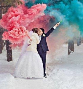 Цветной дым, фольгированные шары.