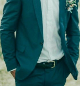 Костюм двойка плюс рубашка с бабочкой и галстуком