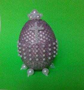 Сувенирное яйцо из биснра