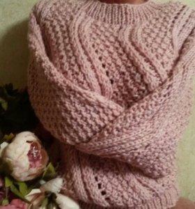 Пуловер.женский
