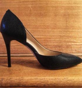 Туфли чёрные 39р
