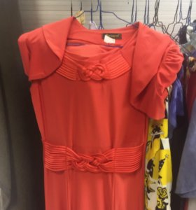Продам новое платье и накидку