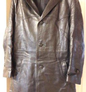 Кожаные пальто муж. и женское
