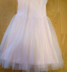 Платье нарядное 104 размер