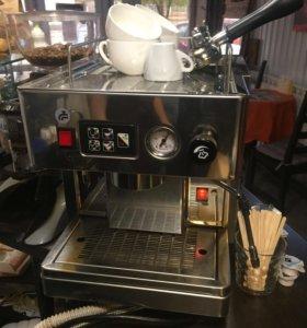 Кофеварка рожковая полуавтомат