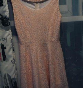 Легкое праздничное платье