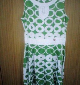 Платье размер 40-44.