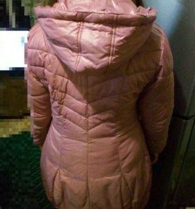 Куртка хорошая для девочки лет 11-14