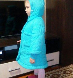 Зимняя удлиненная курточка