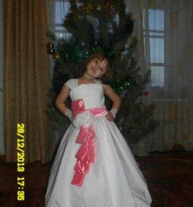 платье для девочки .6-8 лет .
