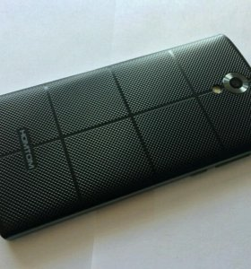 Смартфон , абсолютно новый с хорошей батареей.