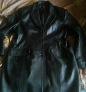 Жен.кожаная куртка-пиджак.
