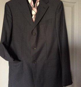 классический приталенный костюм+галстук
