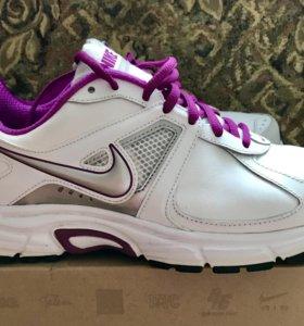 Кроссовки Nike р-р 39