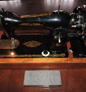 Швейная машина Чайка антиквариат 60-е годы СССР
