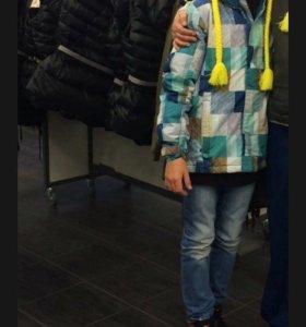 Зимняя куртка на мальчика  на 12 лет( 158-164)