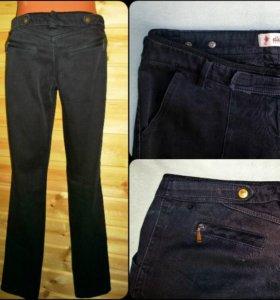 молодежные брюки с зауженными брючинами